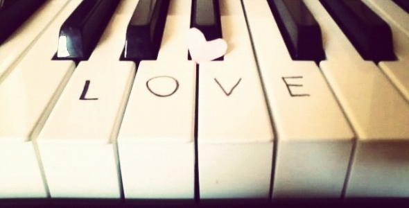 Lovely Piano is    collection of  beautiful piano tracks.   This collection may be incorporated into various types of media applications including, but not limited to, commercials, advertisements, film/television, wedding videos and corporate presentations.